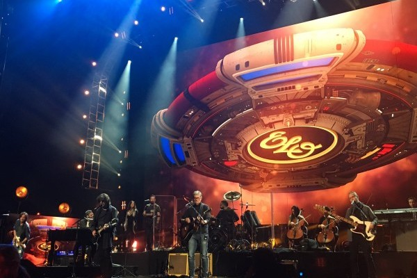 La ELO, Journey, Pearl Jam, Tupac, Yes y Joan Baez, ingresaron en el Hall Of Fame