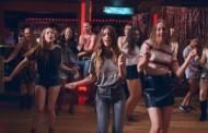 Paul Thomas Anderson se lleva a HAIM, al Line Dance y los 70, en el vídeo de 'Little Of Your Love'