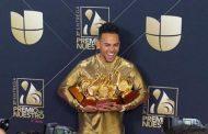 Ozuna triunfa en Premio Lo Nuestro con 9 galardones y la música latina se vuelca con Daddy Yankee