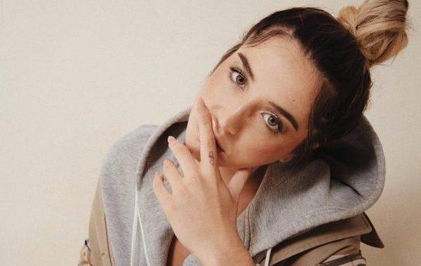 Lola Indigo interpretará 'El Humo', la canción principal de la película 'Lo Dejo Cuando Quiera'