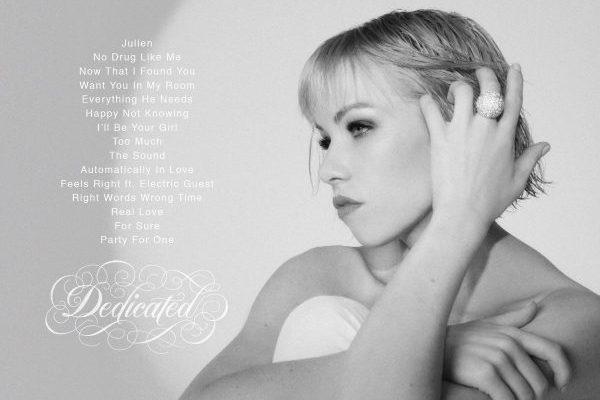 Carly Rae Jepsen confirma el tracklist de su nuevo álbum, 'Dedicated'