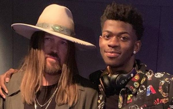 Lil Nas X y Billy Ray Cyrus ya dominan a nivel mundial, con 'Old Town Road'