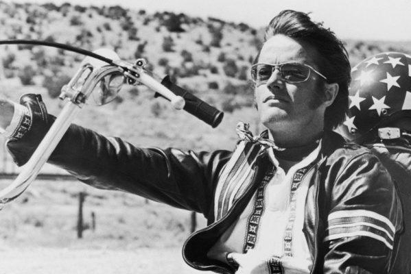 Fallece a los 79 años el icónico actor, Peter Fonda, protagonista de la no menos incónica 'Easy Rider'