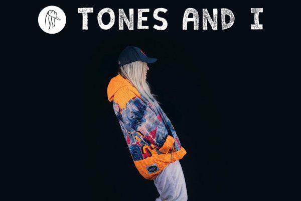 Tones And I y 'Dance Monkey', 8 semanas como #1 mundial de canciones