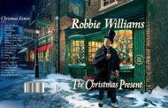 Robbie Williams anuncia doble disco navideño, 'The Christmas Present', para el 22 de noviembre