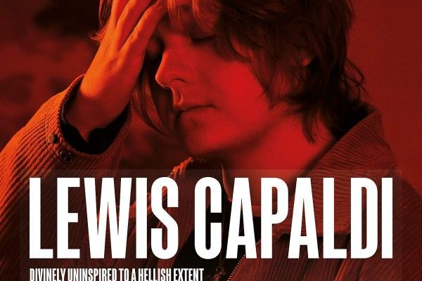 Lewis Capaldi recupera el #1 en álbumes en UK, con 'Divinely Uninspired to a Hellish Extent'