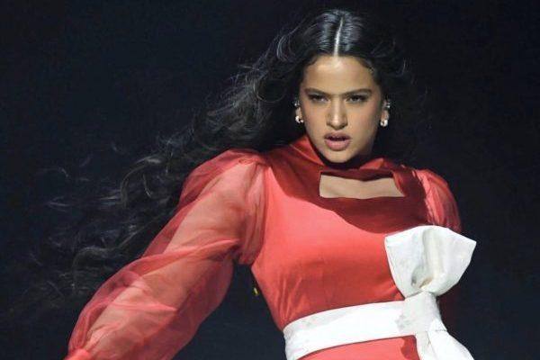 Rosalía un mes más, vuelve a ser la artista española con más oyentes mensuales en Spotify