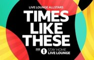 Live Lounge Allstars se queda a solo 1.100 unidades de The Weeknd, con solo 1 día por delante, y pone picante al #1 en UK