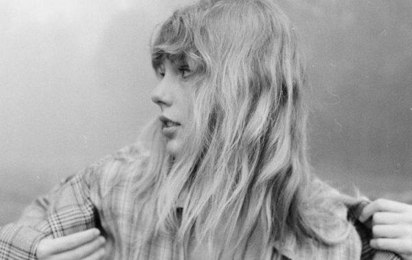 Taylor Swift debuta en el #1 en los Estados Unidos con 846.000 unidades para 'Folklore'