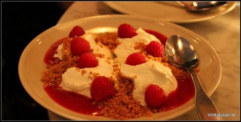 Cheesecake med hindbær og coulis