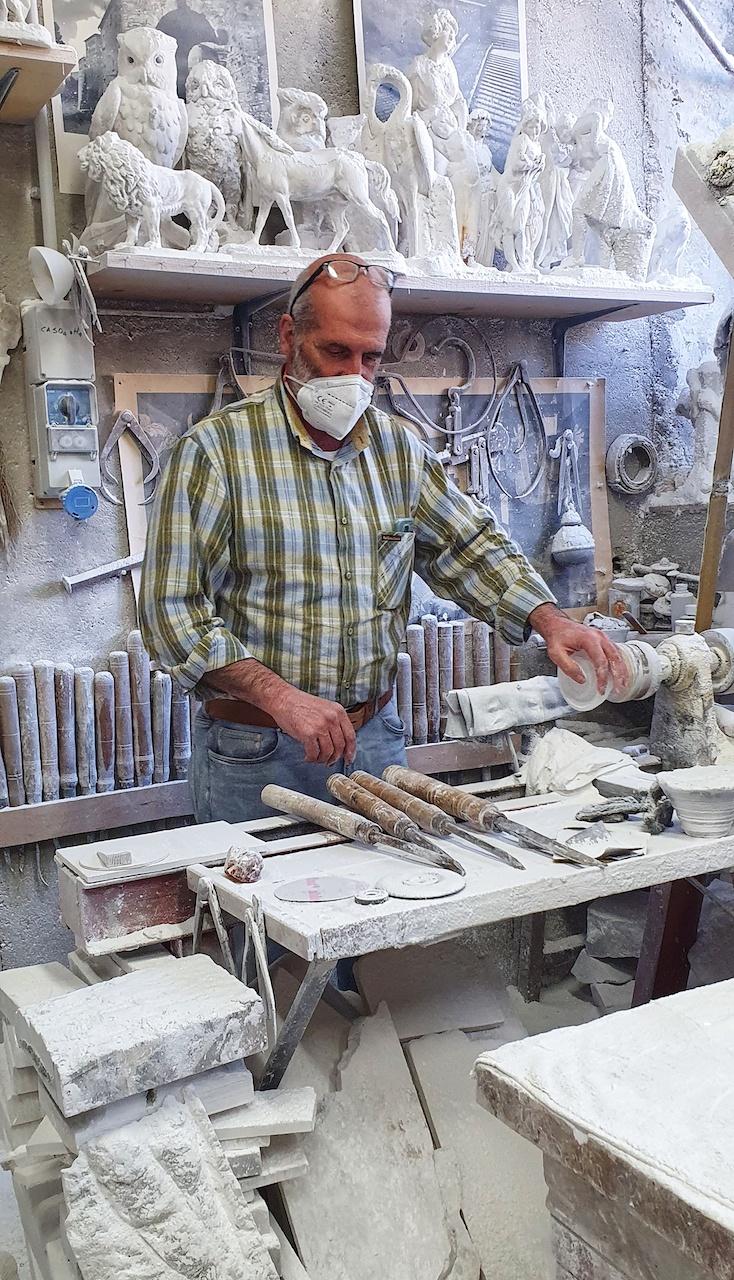 Lavorazione dell'alabastro a Volterra