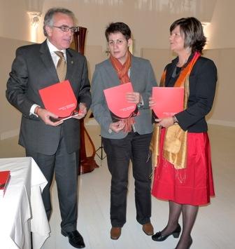 A la presentación acudió el Pte. de la Comunidad Foral de Navarra, Miguel Sanz