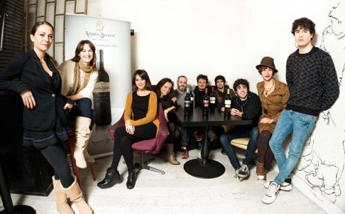 Los actores que participan en Microteatro por Dinero maridado por Ramon Bilbao con motivo de GastroFestival 2013