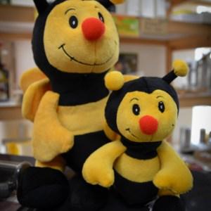 Plyšová včielka