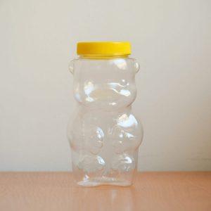 Plastový macík na 1kg medu