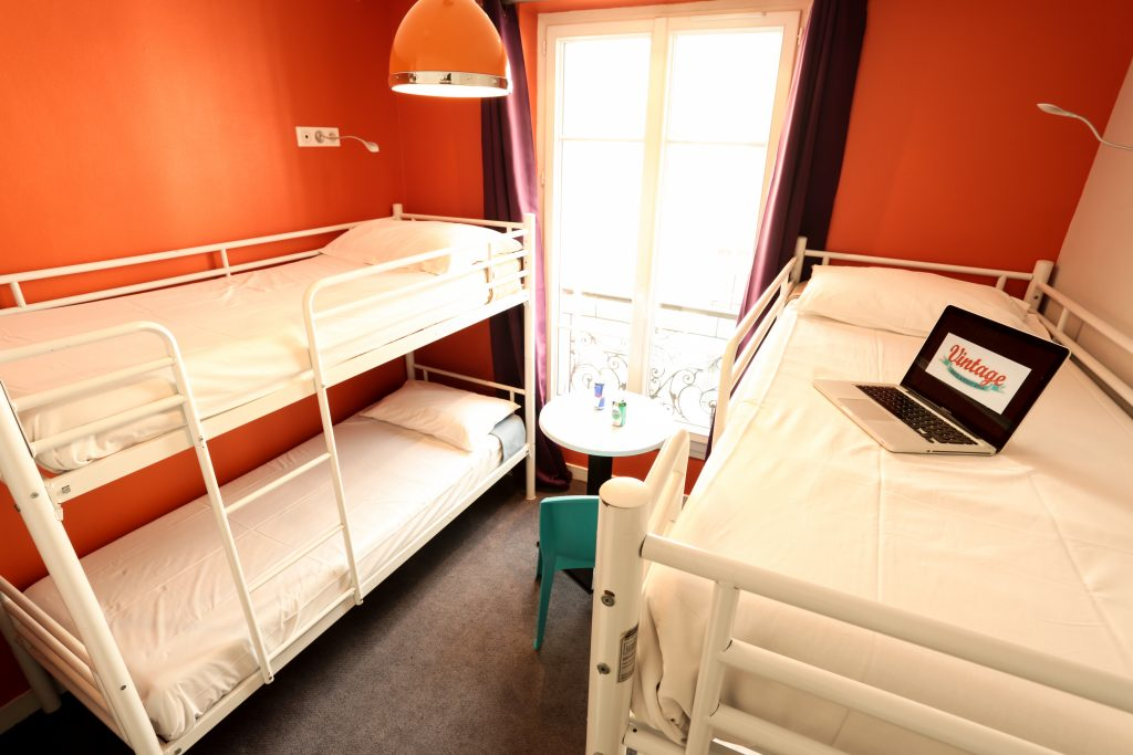 Bed in Mixed Dormitory Room  Vintage Paris Gare du Nord