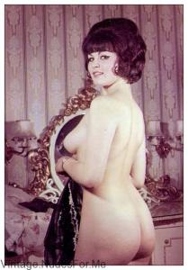 Short Haired Vintage Beauty