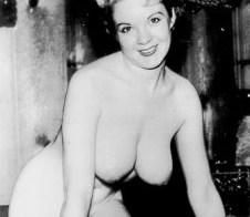 Vintage porn – cute smile!