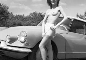 Vintage car babe