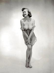 Pin-up Judy O'Day 16