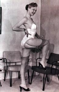 Pin-up Judy O'Day 35
