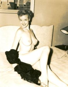 Pin-up Judy O'Day 49
