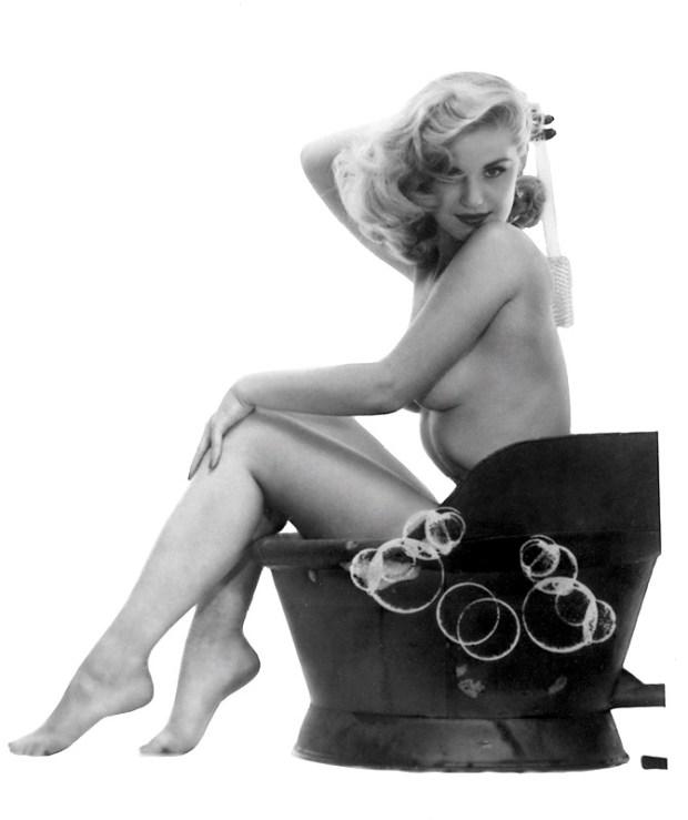 Marilyn_Waltz_Playboy5