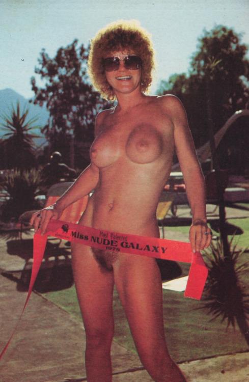 Big booty latina girl porn