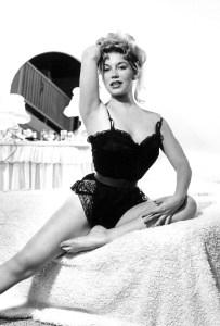 Sally Todd Modeling 03