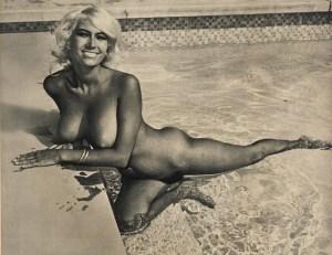 Rasa von Werder nude in a pool