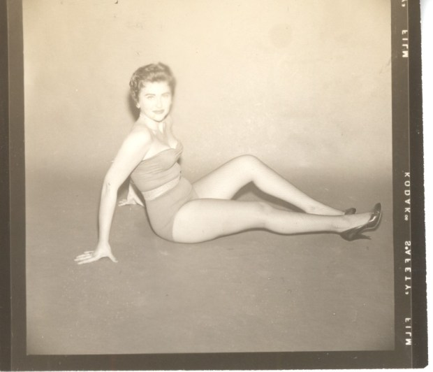 Unknown Vintage Pinup