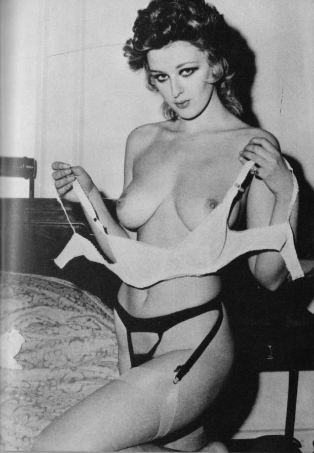 Unknown Drew Barrymore lookalike model topless