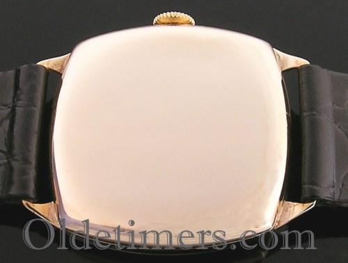 1940s 9ct gold cushion vintage Longines 'Asprey' watch