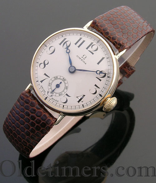 1920s 18ct gold round vintage Omega watch (3699)