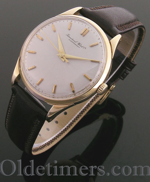 1960s 18ct gold round vintage I.W.C. watch (3917)