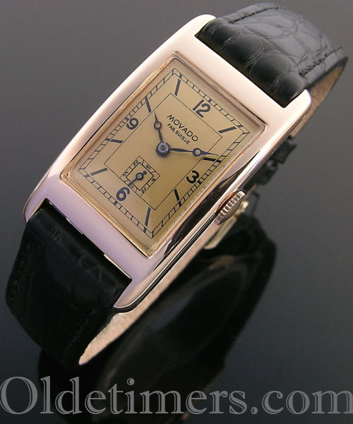 1930s 18ct rose gold rectangular vintage Movado watch (4069)