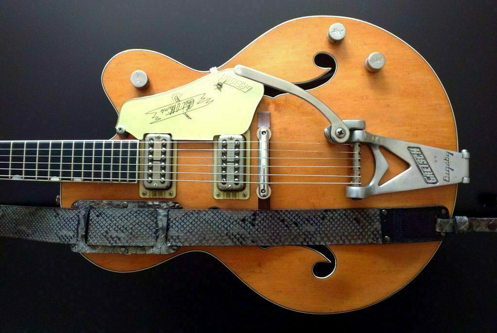 Guitar Cort Electric Vintage