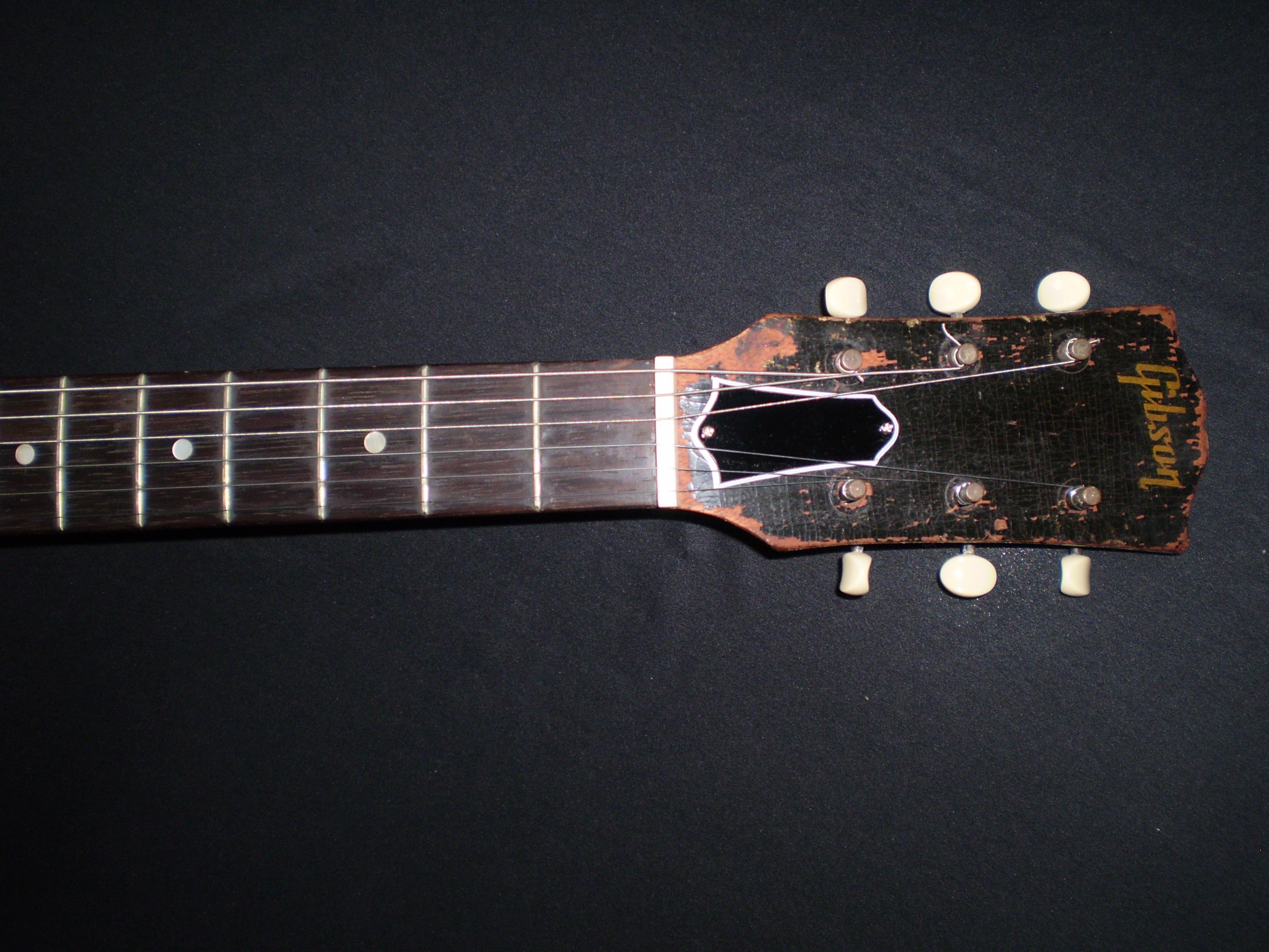 gibson es125 1950 sunburst  [ 3072 x 2304 Pixel ]