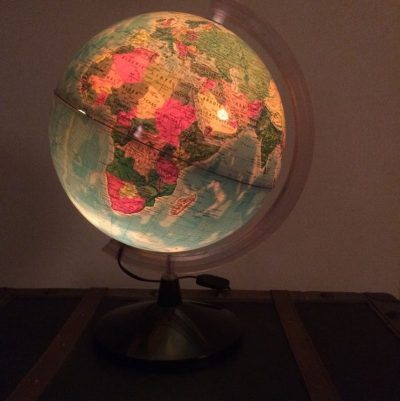Globe terrestre lumineux vintage made in Italy