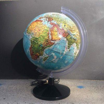Globe terrestre rétro 1970