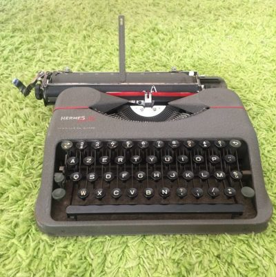 Ancienne machine à écrire
