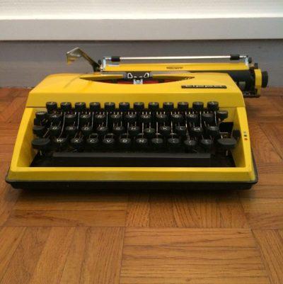 Machine à écrire mécanique vintage