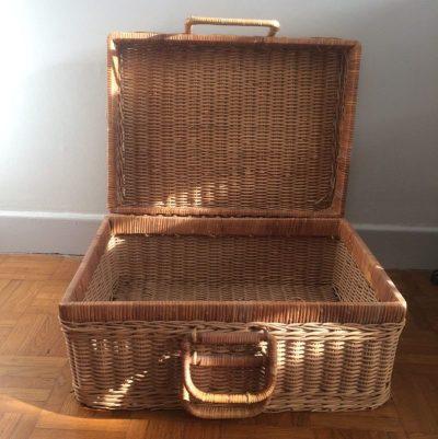 Valise pique nique vintage en rotin