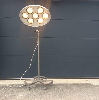 Ancienne lampe Carrossier RG Levallois