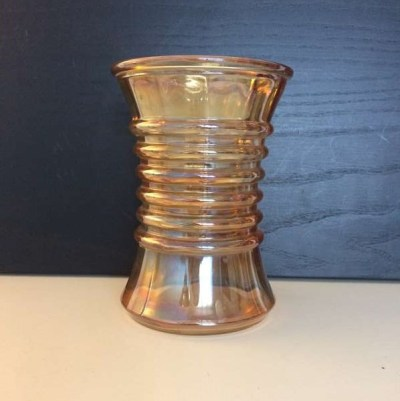 Vase orange nacré vintage