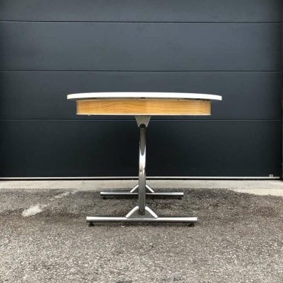 Table formica blanc vintage