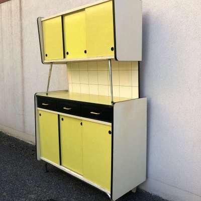 Vaisselier formica jaune vintage