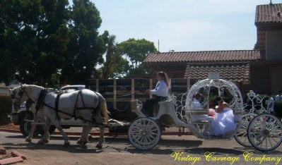 cinderella-carriage-arrival-at-the-church