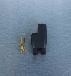 4mm 2 pin black rubber connector [ 1620 x 1080 Pixel ]