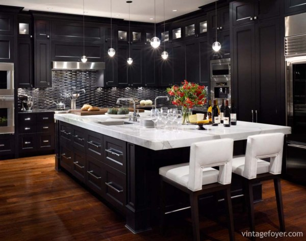 beautiful black kitchen cabinets 153 Traditional and Modern Luxury Kitchens - Pictures